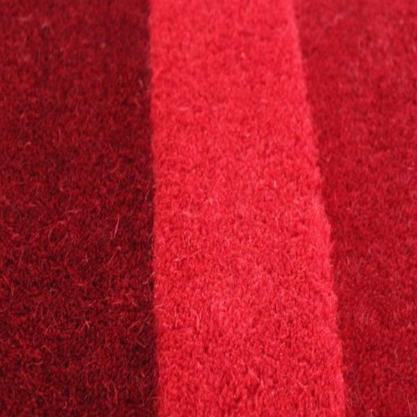 tapis de couloir rouge pebbles par angelo. Black Bedroom Furniture Sets. Home Design Ideas