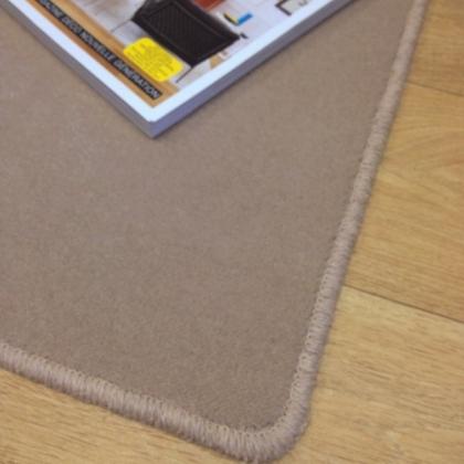 Tapis sur mesure en laine couleur Café Moka