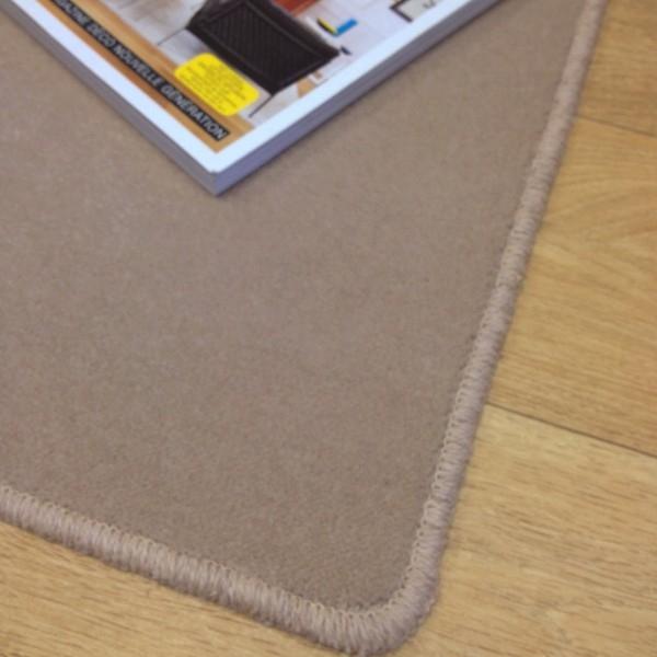 tapis sur mesure en laine couleur caf moka. Black Bedroom Furniture Sets. Home Design Ideas