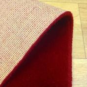 Tapis sur mesure en laine couleur Framboise