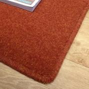 Tapis sur mesure en laine couleur rouge orangé gamme York Wilton