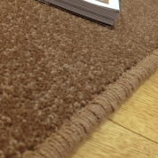 Tapis sur mesure en laine couleur marron taupe gamme York Wilton