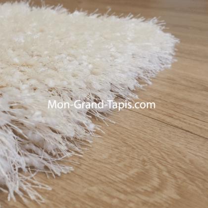 Echantillon tapis shaggy sur mesure blanc écru par Mon Grand tapis sélection