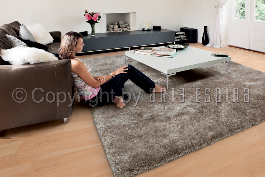 grand tapis shaggy vert par arte espina. Black Bedroom Furniture Sets. Home Design Ideas
